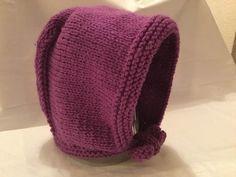 Tuto bonnet béguin sans couture pour bébé 3mois - YouTube Baby Hats Knitting, Vintage Knitting, Free Knitting, Knitted Hats, All Free Crochet, Crochet Bebe, Knit Crochet, Crochet Amigurumi, Tricot Baby