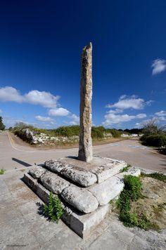 crocesantantonio_081014_001.jpg (848×1280) Menhir Croce di Sant'Antonio a Muro Leccese