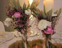 Αποτέλεσμα εικόνας για διακοσμηση δεξιωσης γαμου merry roses Table Decorations, Furniture, Home Decor, Homemade Home Decor, Home Furnishings, Interior Design, Home Interiors, Decoration Home, Home Decoration