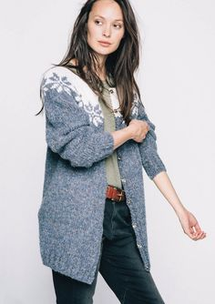 is Prjónablaðið Ýr 67 Something Beautiful, Mantel, Tweed, Knitting Patterns, Jumper, Sweaters, Cotton, Design, Cowls
