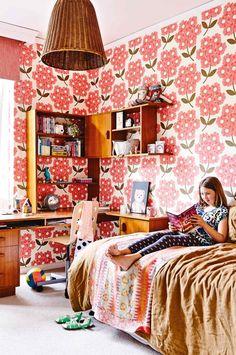 kids-room-floral-wallpaper-july15