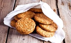 Using whey protein, these delicious cookies take only minutes to make! Ingredients 2 scoops of vanilla whey protein 1 cup Flannerys Rolled Oats 1 cup Organic Raisins 2 Organic free range egg whites cup Flannerys Raw Almonds 1 Organic …Read Oat Cookies, Biscuit Cookies, Biscuit Recipe, Yummy Cookies, Healthy Anzac Biscuits, Cooking Ice Cream, Dairy Free Cheesecake, Gluten Free Deserts, Slow Cooked Beef