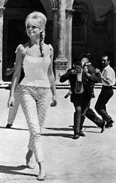 Sorrento To Capri, Capri Blue, Jackie Kennedy, Brigitte Bardot, Tennis Players, Emilio Pucci, Signature Style, Superstar, Going Out