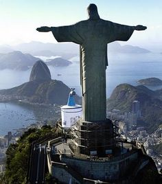 #PinUpLive  Rio de Janeiro, Brazil >>> Would love to visit Rio - have any of you been?