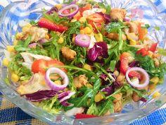 Reteta culinara Salata Magnifica din categoria Salate. Specific Romania. Cum sa faci Salata Magnifica