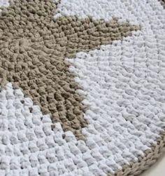 "Haz con tus manitas ""la Estrella de tu hogar"" Crochet Poncho, Afghan Crochet Patterns, Crochet Dolls, Free Crochet, Crochet Christmas Trees, Holiday Crochet, Crochet Necklace Pattern, Reindeer Ornaments, Sewing Tutorials"