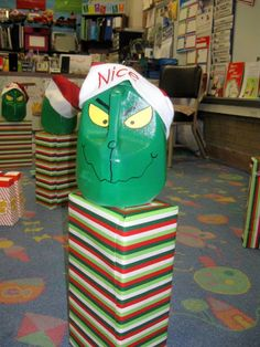Grinch School Party - A Turtle's Life for Me