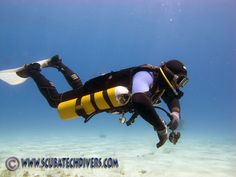 Getting to trial the new Halcyon Contour system for sidemount diving was really exciting for me and it did not disappoint. Read on to see why. Scuba Bcd, Scuba Watch, Breathing Underwater, Scuba Diving Equipment, Scuba Gear, Cave Diving, Snorkeling, Diving