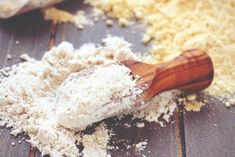 Buy Gluten free oat flour in wooden scoop by Merinka on PhotoDune. Gluten free oat flour in wooden scoop. Croissant Sans Gluten, Homemade Face Pack, Gluten Protein, Potato Flour, Whole Grain Flour, Meat Substitutes, Flour Recipes, Vegan Recipes, Gluten Free Flour