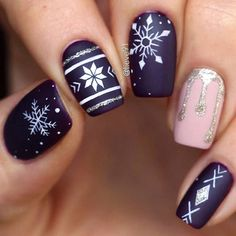 48 popular ideas for Christmas nail designs in 2018 –.- 48 Popular Ideas for Christmas Nail Designs in 2018 – Catherine Pamer – # for Nail Designs – 48 Popular Ideas for Christmas Nail Designs in 2018 – Catherine Pamer - Cute Christmas Nails, Christmas Nail Art Designs, Xmas Nails, Winter Nail Designs, Winter Nail Art, Holiday Nails, Winter Nails, Christmas Patterns, Christmas Manicure