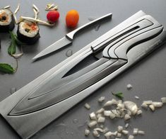 If you believe life should be the ultimate expression of art or just happen to like cool contemporary appliances, then the modern knives set is for you. In every home there's always a list of essentials not to go without. This innovative knives set offers not only unsurpassed quality with its four stainless steel blades…