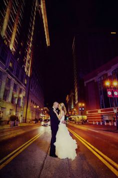 An evening snapshot of you and your favorite city! Photograph by Sal Cincotta Photography. Bride Poses, Wedding Poses, Wedding Groom, Bridal Portraits Outdoor, Bridal Portrait Poses, Bride And Groom Pictures, Wedding Pictures, Grooming Yorkies, Casual Wedding Attire