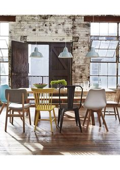 Mixed chairs dining