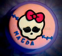 Monster high cake Superhero Birthday Cake, Star Wars Birthday, Star Wars Party, Birthday Cake Girls, Birthday Cakes, Tortas Monster High, Monster High Cakes, Lego Cake, Minecraft Cake
