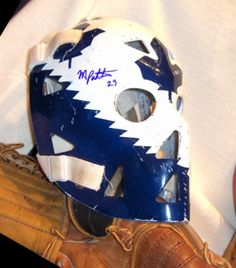 mike palmateer vintage goalie masks Hockey Helmet, Hockey Goalie, Hockey Teams, Ice Hockey, Football Helmets, Goalie Mask, Sports Uniforms, Toronto Maple Leafs, Detroit Red Wings