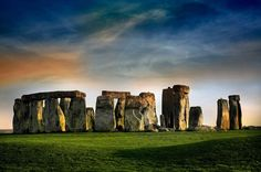 30 Photos: 15 Famous Landmarks Zoomed Out to Show their Surroundings.   elephant journal