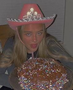 Birthday Goals, 14th Birthday, Happy Birthday, Pink Cowboy Hat, Pretty Birthday Cakes, Bday Girl, Aesthetic Indie, Indie Kids, Looks Vintage