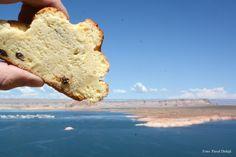 Lake Powell is a reservoir on the Colorado River, straddling the border between Utah and Arizona. Foto Pavel Dolejš 2014