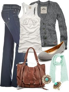 Who says you need to sacrifice comfort for style? A chunky knit cardigan, gray ballet flats, and mint and chocolate brown accents look laid-back, yet pulled-together .