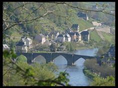 Vieux pont d'Entraygues