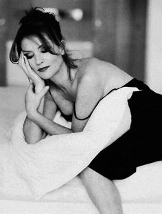 """"""" Isabelle Huppert photographed by Sylvie Lancrenon. Isabelle Huppert Films, Michael Haneke, Film Icon, Paris Match, French Actress, Classy Women, Beautiful Moments, Marie, Fashion Photography"""