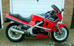 GPZ600R E reg as I had in my early 20s and now have again.