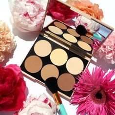Contouring Palette by Douglas Collection | available at Douglas