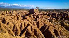 La #Colombie et son #Désert de la Tatacoa !  Si le pays est vert il a aussi son désert... #voyage #travel #landscape #adventure #trip #lifestyle #soleil #trip #trek #randonée #Latinexperience #voyages