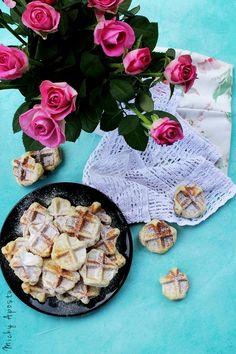 Vanilla mini waffles #waffles #vanilla My Recipes, Camembert Cheese, Waffles, Cooking, Mini, Food, Kitchen, Essen, Waffle