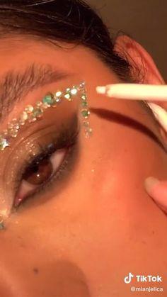 Gem Makeup, Rave Makeup, Edgy Makeup, Makeup Eye Looks, Eye Makeup Art, Skin Makeup, Makeup Looks For Prom, Jewel Makeup, Flower Makeup