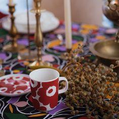 Oiva Unikko dishware collection for Winter 2019 Christmas Design, Christmas 2019, Christmas Holidays, Marimekko, Red Ovens, Poppy Pattern, Red Mug, Shops, Glass Ornaments