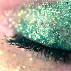 #green #sparkle #eye