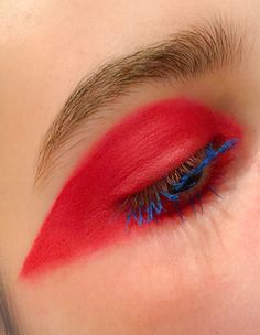 Graphic eye created by Mua marthamakeupartist Instagram