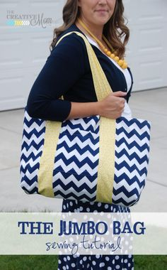 The Jumbo Bag {sewing tutorial} | The Creative Mom- perfect to haul all my team mom stuff in