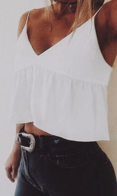 30 Best Summer Fashion Outfit 2019 - 30 Best Summer Fashion Outfit 2019 So what makes a look suitable for girls? Summer Fashion Outfits, Baby Outfits, Spring Outfits, Trendy Outfits, Cool Outfits, 90s Fashion, Pullover Outfit, Outfit Goals, Ladies Dress Design