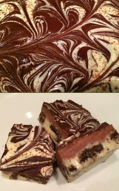 Deze fudge zijn het ultieme chocolade genot! Het zijn three colors rocky road fudge met oreo koekje erdoor. Ze zien er prachtig uit en smaken geweldig. Het is ook nog eens heel erg makkelijk om te maken. Erg leuk om cadeau te geven of te trakteren. Het recept staat bij de bron.