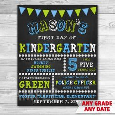First Day Of School Sign Printable. First Day Of Kindergarten Sign. First Day Of Preschool Sign. Kindergarten First Day, Kindergarten Crafts, School Chalkboard, Chalkboard Signs, Preschool 2 Year Old, Toddler Teacher, Be My Teacher, Bone Crafts, School Signs