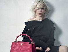 STUNNING TRENDY HANDBAGS! Trendy Purses, Trendy Handbags, Best Handbags, Handbags On Sale, Luxury Handbags, Fashion Handbags, Purses And Handbags, Leather Handbags, Stella Mccartney Handbags