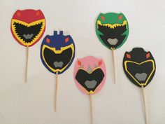 Dino Chargers Power Ranger cupcake toppers.(one dozen) by PaperExpressShoppe on Etsy https://www.etsy.com/listing/471990872/dino-chargers-power-ranger-cupcake