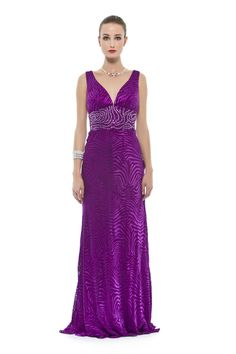 f37a407ec Vestido longo em devorê de seda pura com bordado em pedras na cintura. Cod.  101645 #zumzum #zumzumfesta #vestido #festa #vestidodefesta #dress  #partydress