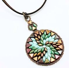 swirl-pendant-jewellery-kit-with-kheops-par-puca-and-superduos-seafoam-and-bronze-3159-p.png (600×590)