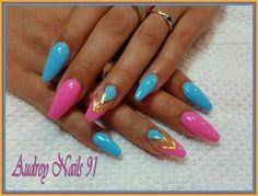 Gel de couleur bleu pastel et rose Barbie + fil d'or