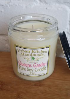 Queen's Garden - Pure Soy Candle - 8 oz. Burn Time 35+ Hours
