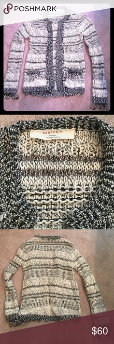 Zara Novelty Knit Open Cardi w/ Silver Lurex Novelty stitch Cardi in black & white w/ silver lurex.  Fringe at CF placket, neckline, cuff & hem.   Gently worn.  Stored w/ care.  No snags, rips or stains.  Good condition.  Super cute!! Zara Sweaters Cardigans