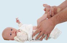 CARREIRA - Como o papai pode ajudar nas tarefas com o bebê - Os primeiros dias da maioria das mamães, após o nascimento do bebê, são períodos com bastante cansaço, fadiga e até surge o sentimento de estar sobrecarregada. Mas isso é muito comum! Se estiver acontecendo ou vier acontecer, o melhor a fazer é dividir as tarefas, principalmente com o papai ... #Gravidez #carreira #trabalho #pai