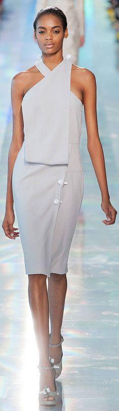 Christopher Kane, minimalistic fashion, dress v