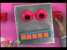 Resultado de imagem para como fazer um robo com caixas de papelão