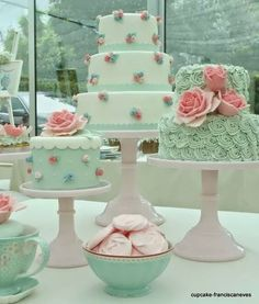 Stupendous Cool Tips: Shabby Chic Kitchen Clock shabby chic ideas curtain rods.Shabby Chic Sofa Home Tours shabby chic sofa home tours. Cute Cakes, Pretty Cakes, Beautiful Cakes, Amazing Cakes, Cake Inspiration, Shabby Chic Design, Cupcakes Decorados, Love Cake, Creative Cakes