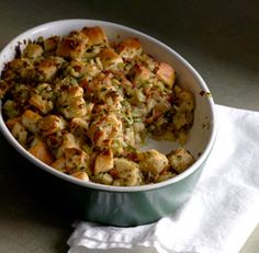 apple bacon stuffing with mushrooms and leeks recipe
