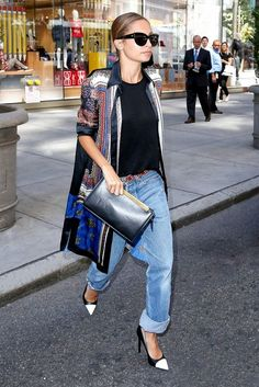 Half Cuff This way on how to cuff denim jeans requires slouchier styles, such as the boyfriend jean.